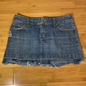 American Eagle Raw Hem Denim Mini Skirt Sz 2
